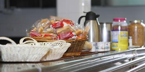desayuno trinkete hostel