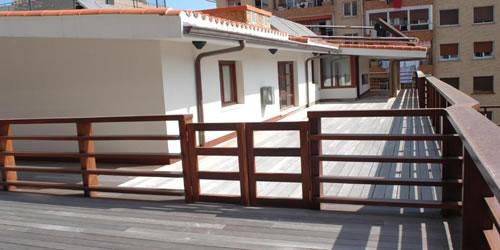 terraza exterior trinkete hostel