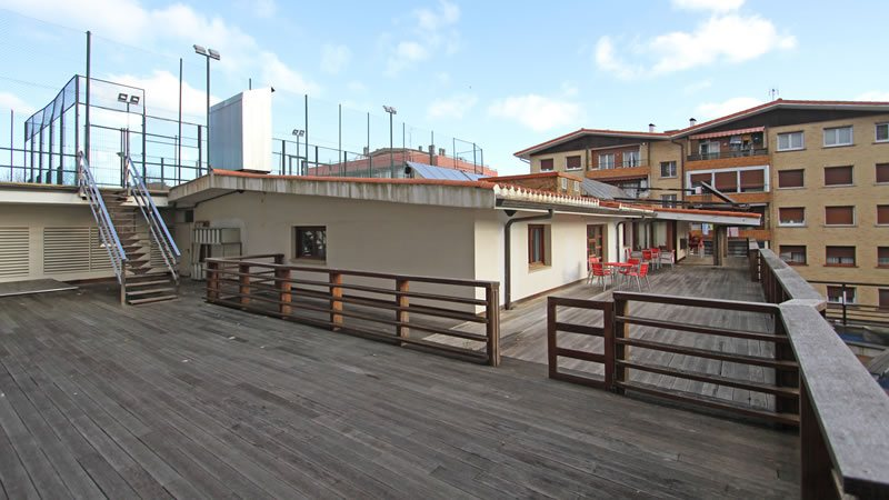 terraza hostel trinkete